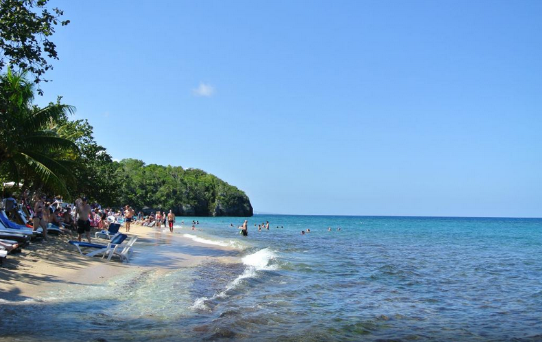 bamboo-beach-club.png