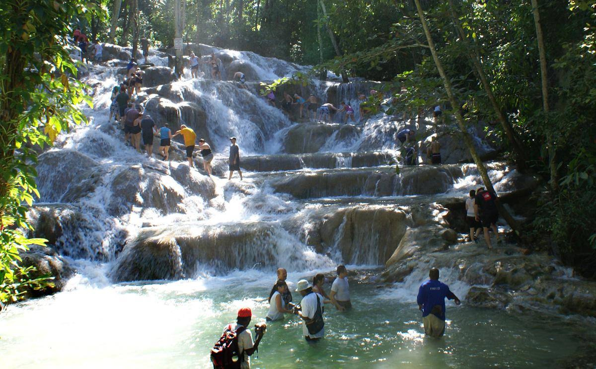 dunns-river-falls-ocho-rios-jamaica-